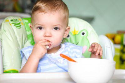 El proceso de la masticación en los niños